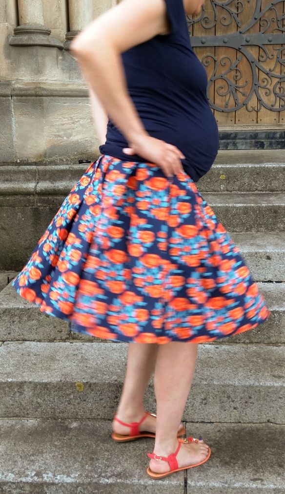 Maternity Rock blau orange 2